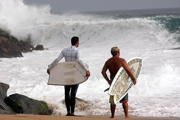 surfers-spiaggia