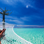 Paradisi tropicali a confronto: cosa sapere prima di trasferirsi